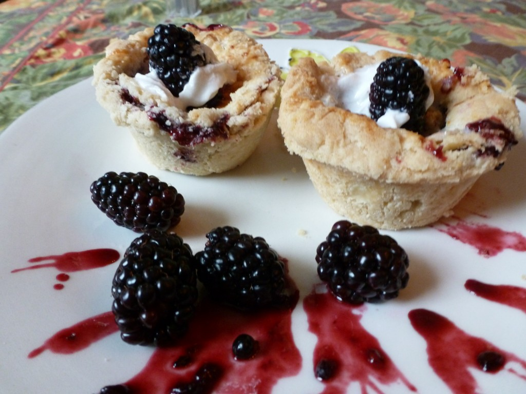 Blackberry Cupcake Pies (Gluten-Free, Dairy-Free) | Celiac Disease and ...